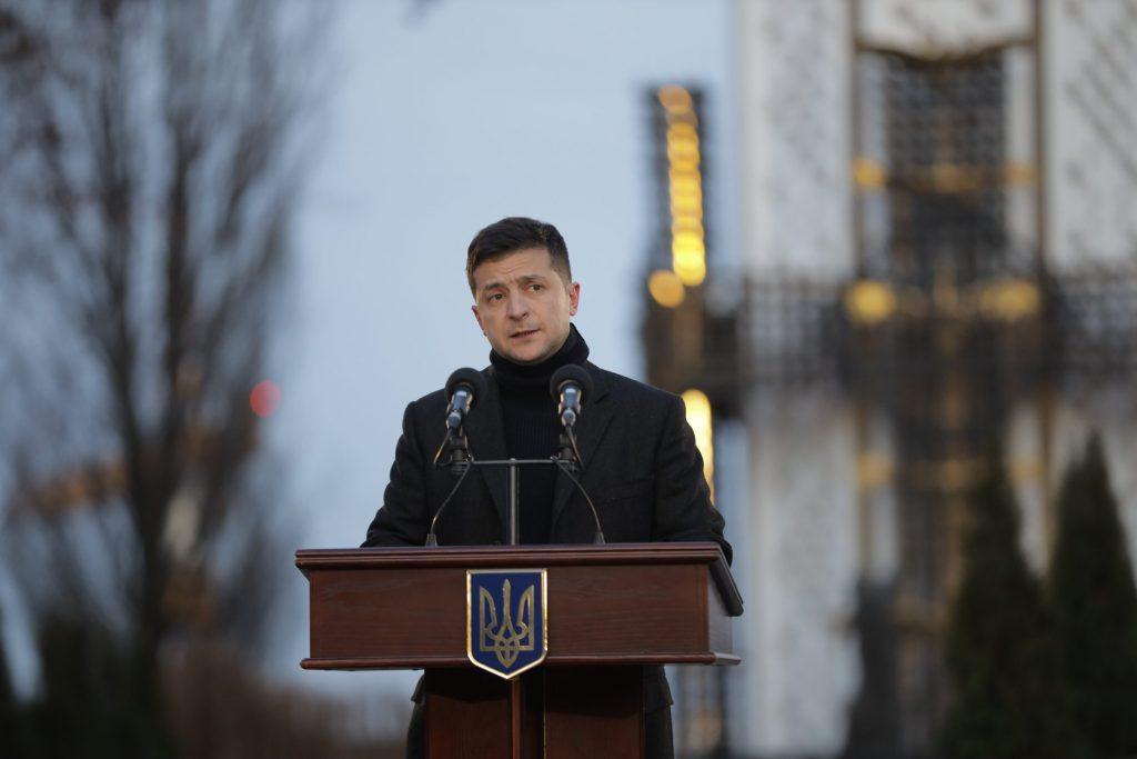 «За что? Как так можно?»: Зеленский обратился к украинцам с эмоциональной речью. Не сможем простить!
