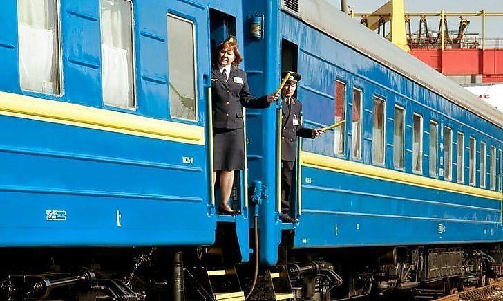 Она там абсолютно дикая! Гончарук в пух и прах «уничтожил» руководство Укрзализныци. Это невозможно!