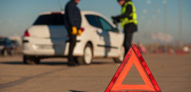 Столкнулось 12 машин! Жуткое ДТП в Киеве напугало всю Украину. Убегал от полиции