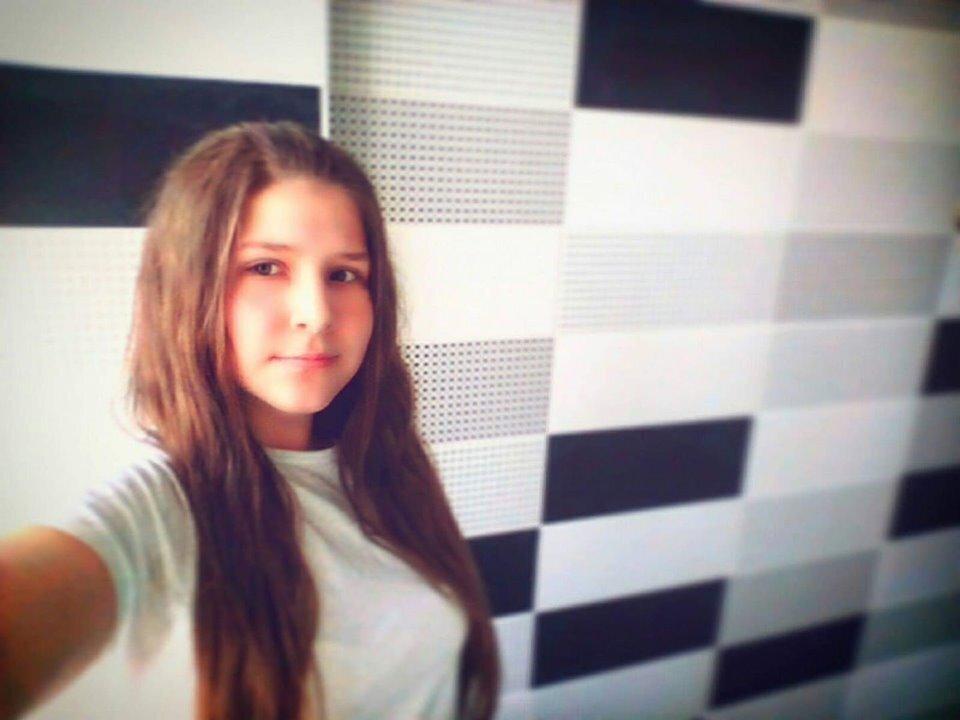 «Погубил нашу дочь»: Резонансное убийство школьницы на Киевщине. Изверг убегает от наказания