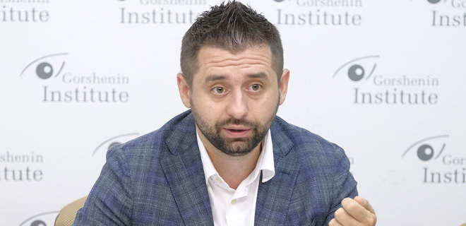 «Силой мы не сделаем ничего»: Арахамия прокомментировал скандал Иванисова с судимостью. Наведем порядок!