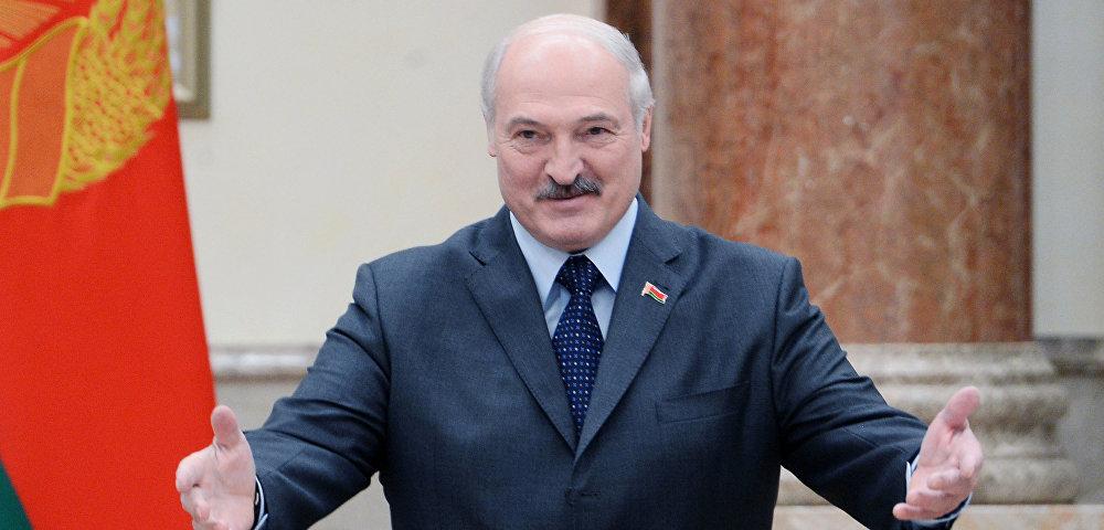 «Такая молодая красавица»: Лукашенко заметили в компании известной телеведущей. Эти танцы …