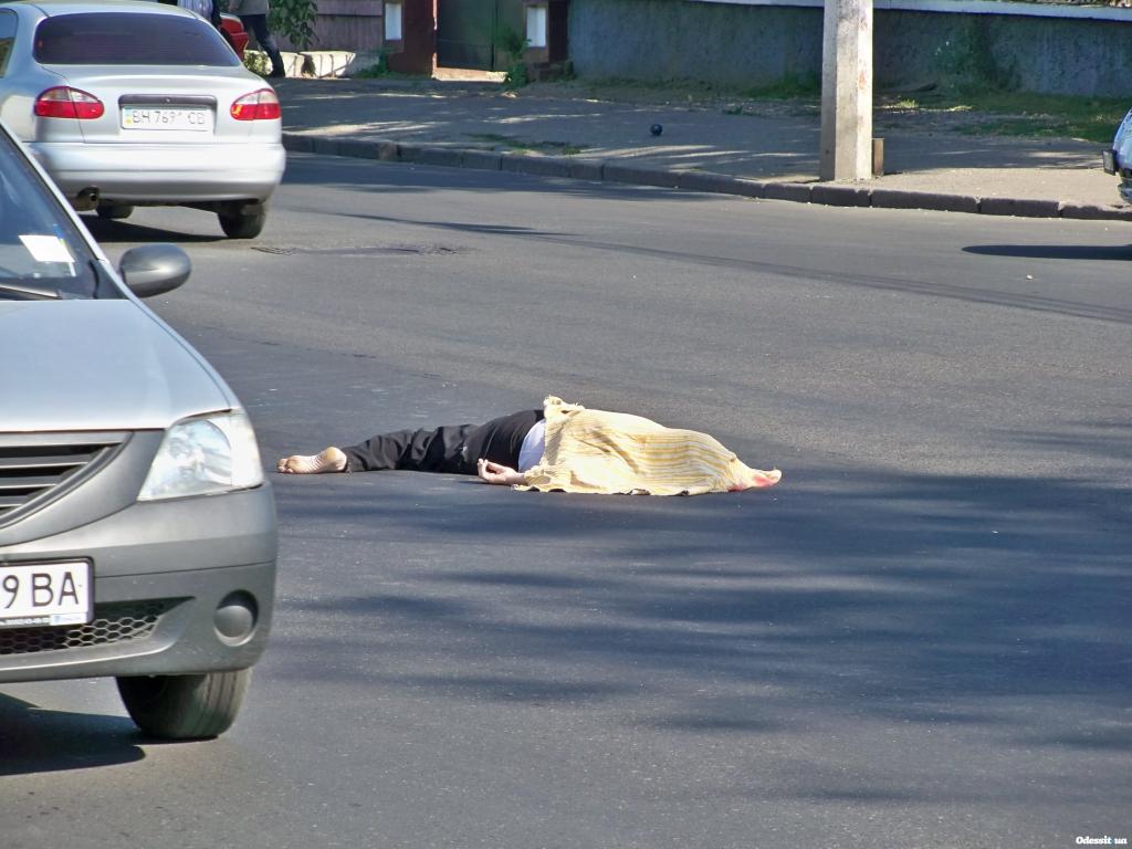 Так и не вернулась домой: в Киеве начальник Госохраны насмерть сбил женщину