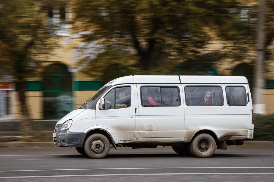 «Буду давить таких ур*дов»: в Херсоне водитель автобуса «напал» на воина АТО. «Надо таких учить…»