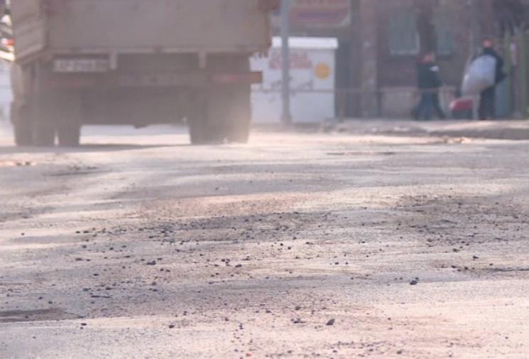 #CадовийвідремонтуйЛьвів: очень воняет вредными газами. План действия по борьбе с ними существует?