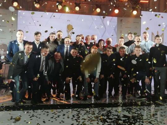 Гордимся!: Сборная Украины U20 получила за «золото» ЧМ чек на 1 млн долларов