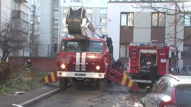 Без жертв не обошлось: во Львове произошел пожар в жилой многоэтажке