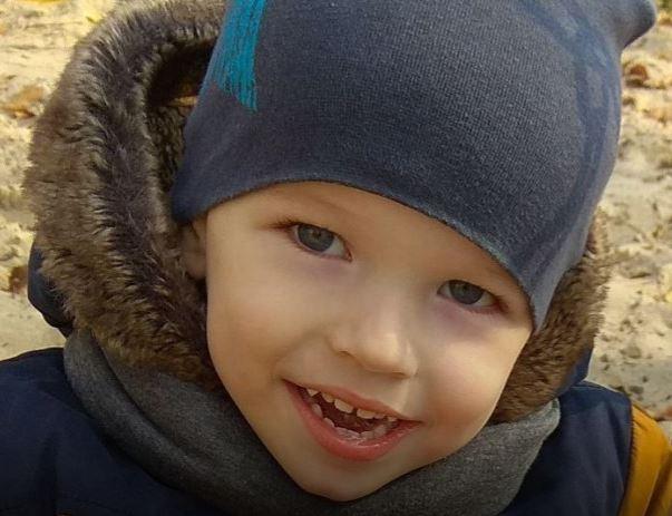 Очень хочет научиться ползать и ходить: Помогите Ростику получить полноценную жизнь