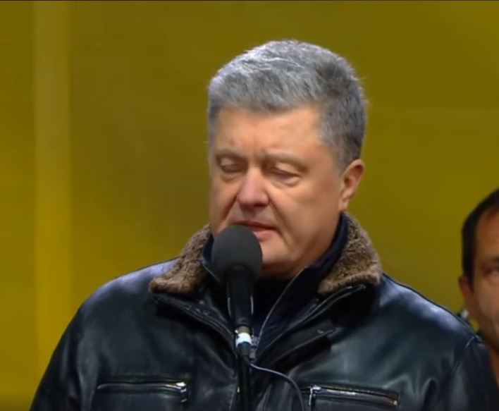 «Чума ходячая, противно слушать»: Выступление Порошенко на «майдане» разозлило украинцев. «А теперь дискотека?»