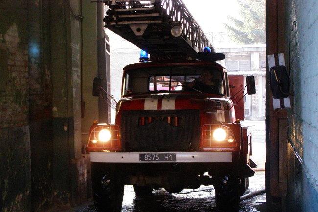 «Комната сгорела полностью»: Мать с тремя детьми оказались в плену смертельного огня. Последствия ужасают