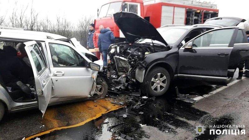 «Супруги и мама с тремя детьми»: Жуткая авария возле Николаева. Кошмар на дороге