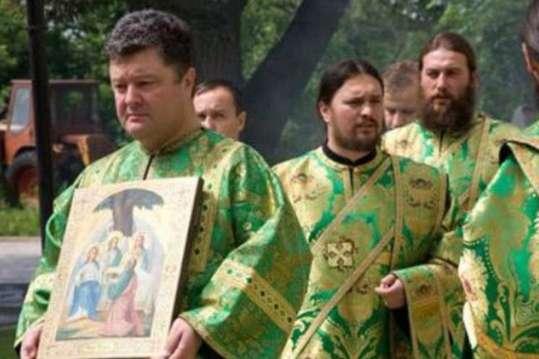 «На этом его церковность и закончилась»: Известный митрополит УПЦ сделал шокирующее заявление о Порошенко. «Есть вопросы»