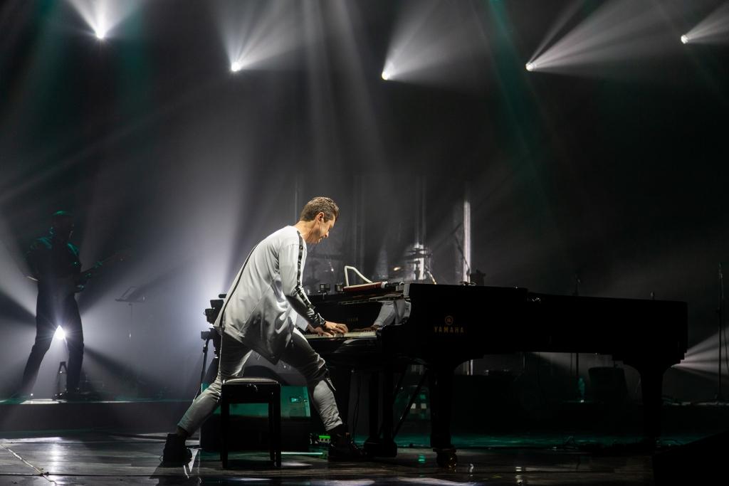«Настоящее феерическое событие зимы»: на концерте украинского музыканта «засветилась» всемирно известная звезда. Знакомые с детства