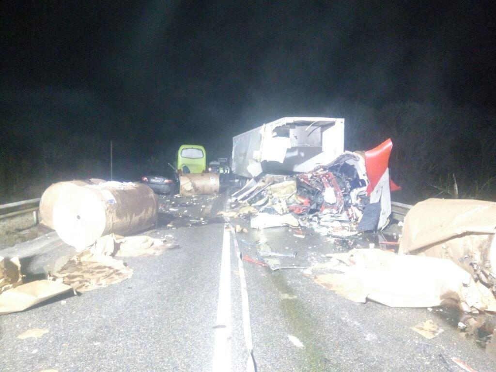 Ужасное столкновение: В Черниговской области разбился автобус. Есть погибшие, много пострадавших