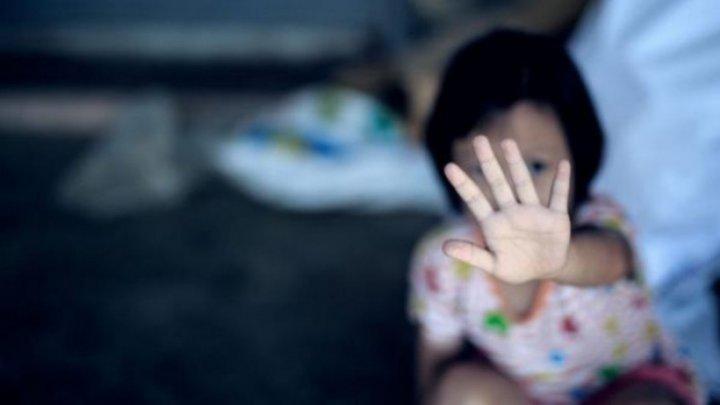 Насиловал раз за разом: в Харькове мужчина год издевался над 9-летней девочкой. Ответит за все!