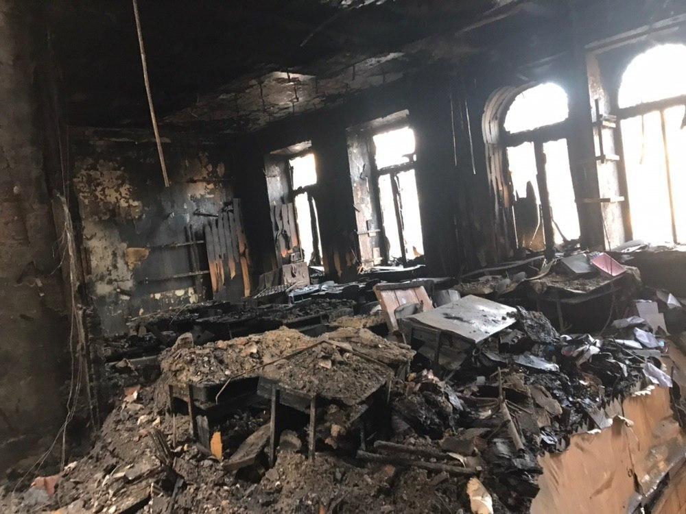 «Видела дым, просто закрыла дверь на ключ и …»: Стали известны шокирующие подробности пожара в Одессе. Жертв можно было избежать