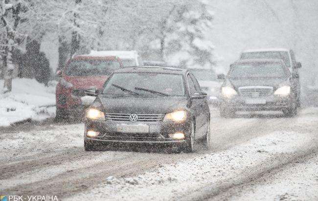 Погода продолжает бушевать: новые прогнозы синоптиков не будут радовать украинцев