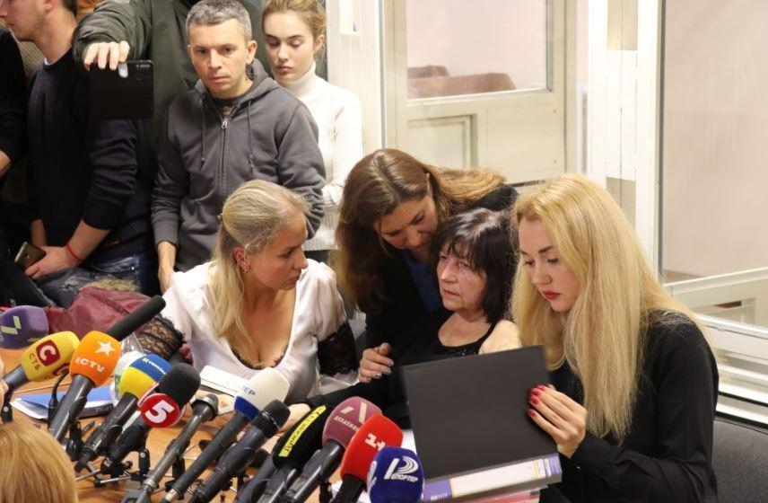 «Видела дым и просто закрыла двери»: суд принял решение о директоре сгоревшего в Одессе колледжа