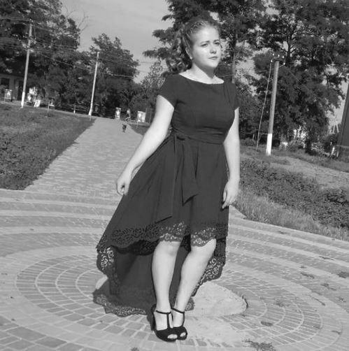 Последние минуты провела в агонии: Во время пожара в Одессе погибла 17-летняя девушка. Украинцы рыдают