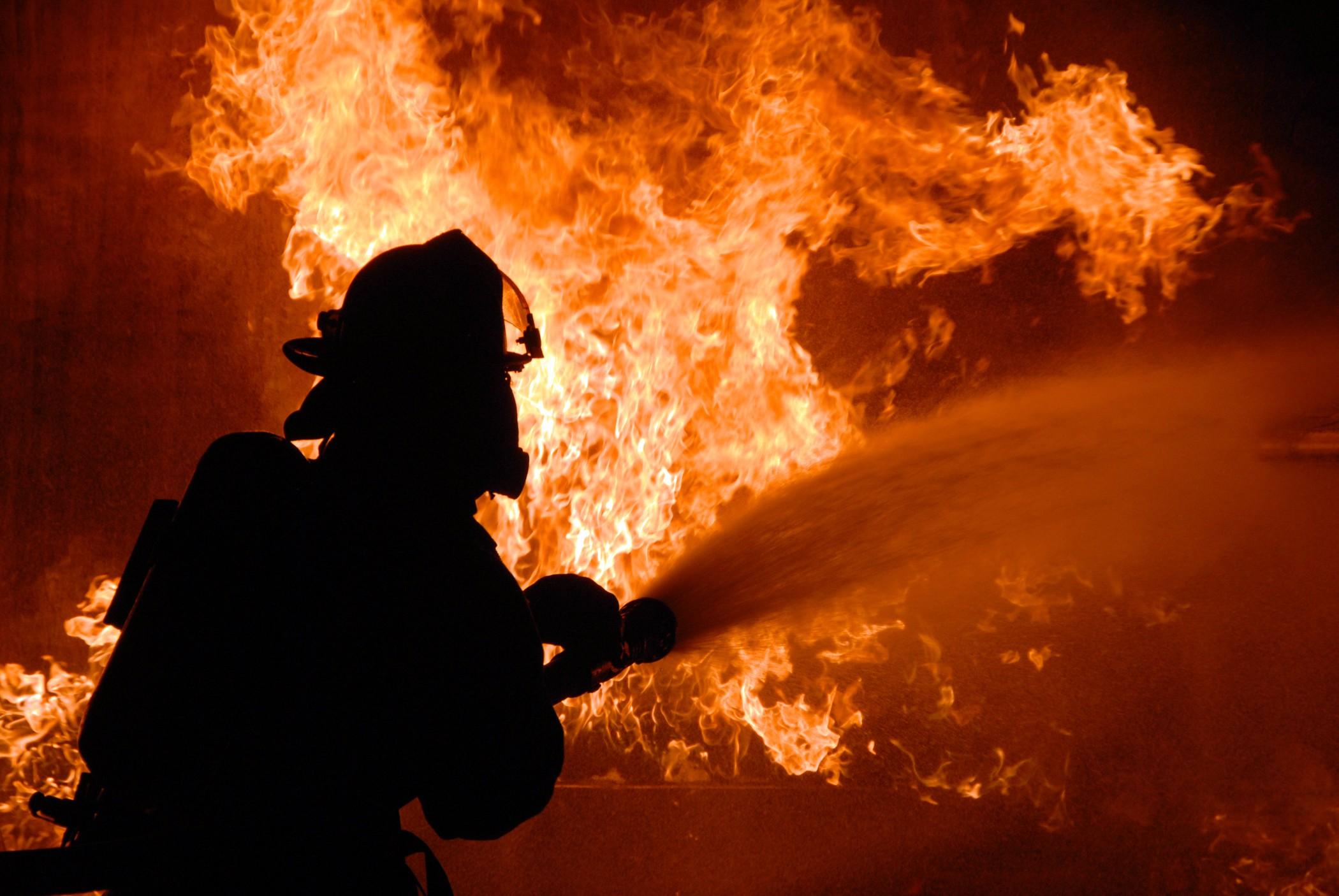 Львов горит: пожар на Земельной. Причины устанавливаются