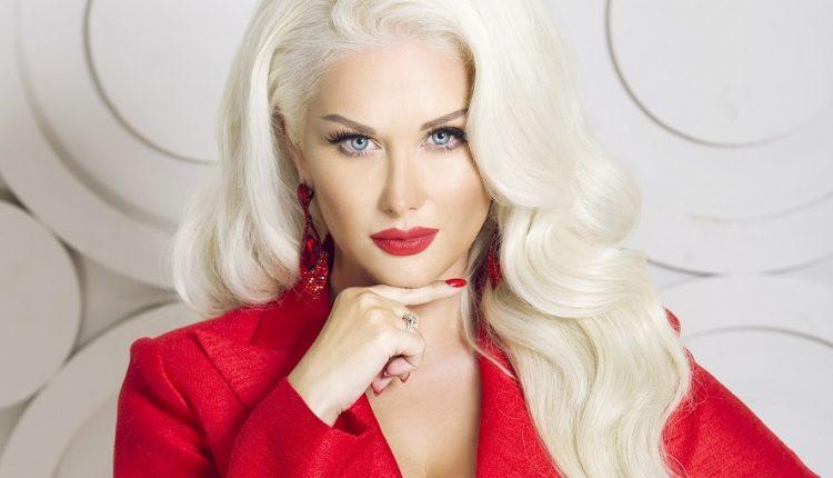 «Почти как Притула»: Известная украинская певица получила королевскую награду. За какие заслуги?
