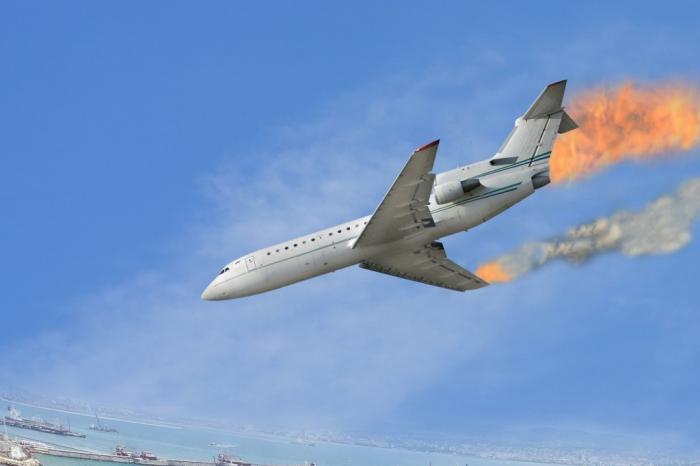 Люди исчезли без следа! Самолет с пассажирами упал в воду. Первые подробности трагедии