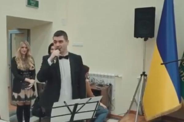 «Гимнотворцы»: Харьковские чиновники опозорились. Люди возмущены «маразмом»