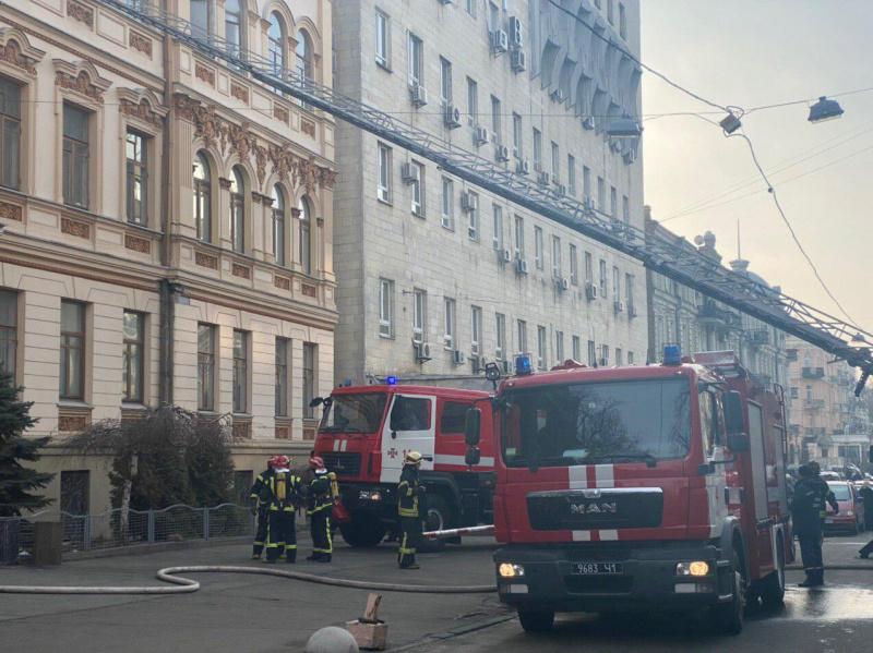 Проводится эвакуация! В столице вспыхнул пожар в здании Минкульта