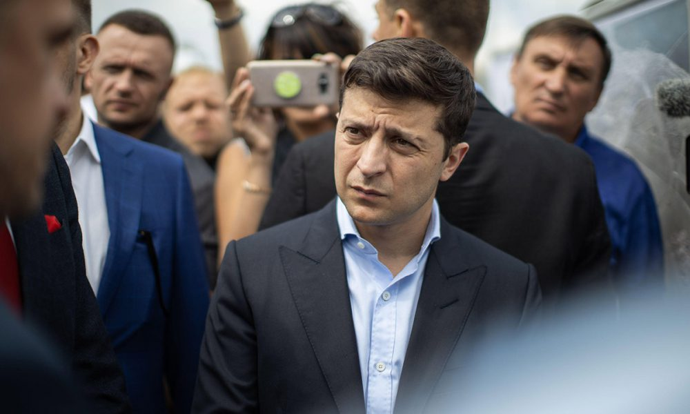 Окружили президента! Зеленскому не оставили выбора, никакие заявления не спасут: ловушка Правительства