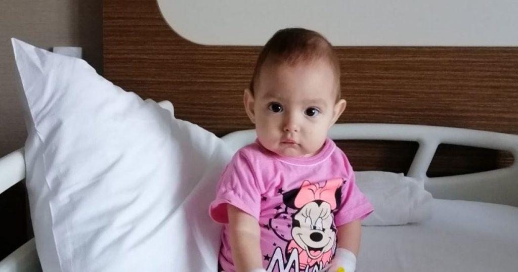 Крошечная Дарья нуждается в скорейшей трансплантации