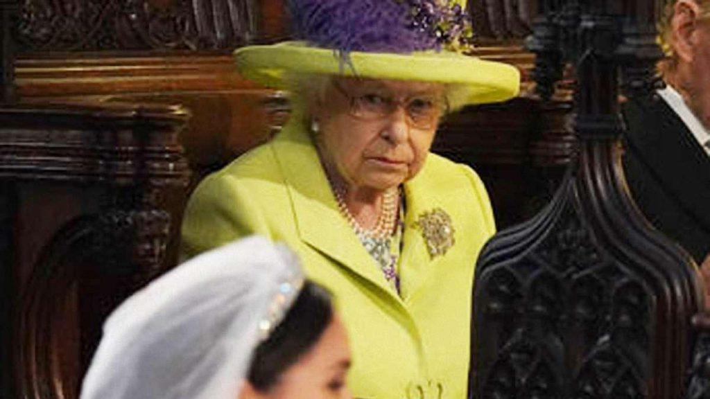 Елизавета II настроена решительно: Королева созывает экстренное совещание из-за Маркл. Скандал просто так не замять