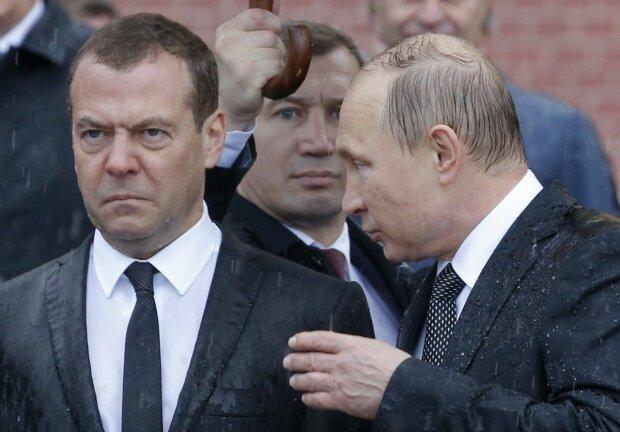 «В раю проблемы?»: Правительство России в полном составе подало в отставку. Что будет с Медведевым?