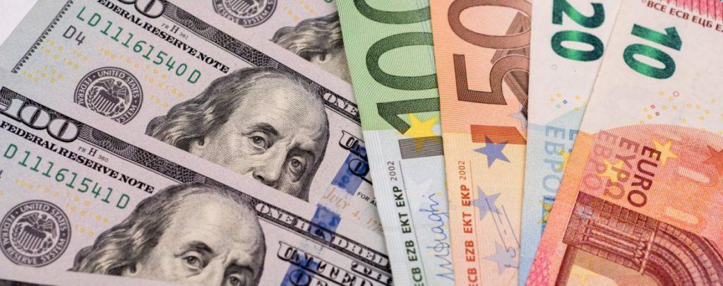 Неожиданный поворот. Теперь уже евро «атакует» гривну. Курс валют поражает ценам! «Пока невозможно…»