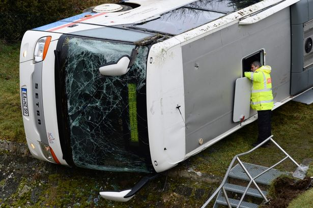 «Ехали на уроки» Школьный автобус попал в страшную аварию. Есть погибшие. Ученики начальных классов