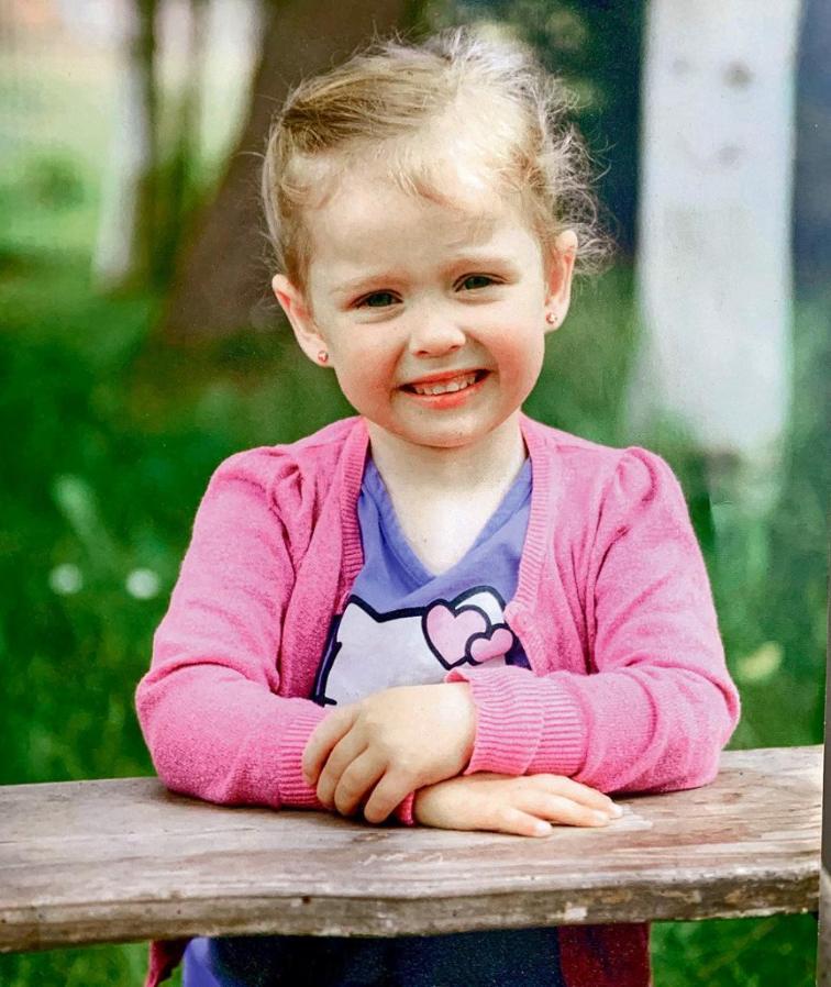 «Девочка умирала медленно»: отчим жестоко расправился с падчерицей. Жуткие подробности поразили всех