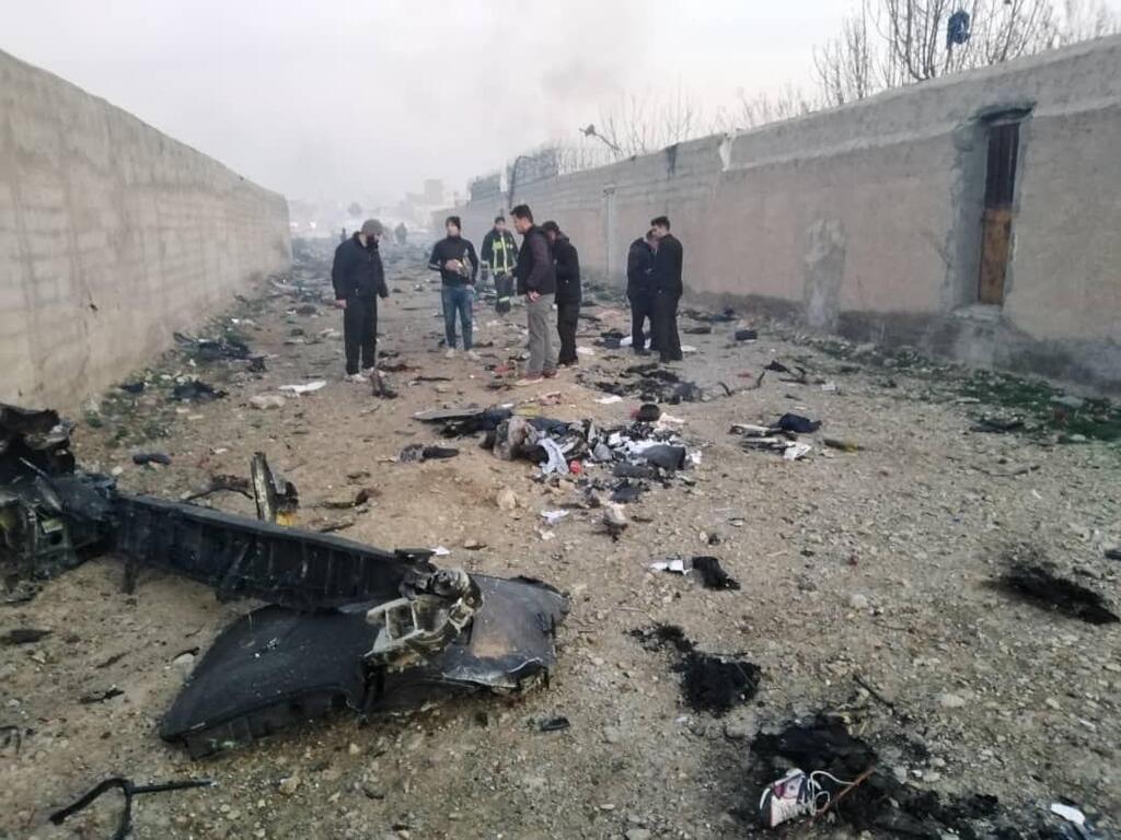 Зеленский выступил со срочным заявлением! Украинский самолет разбился на пути в Киев. Погибли все
