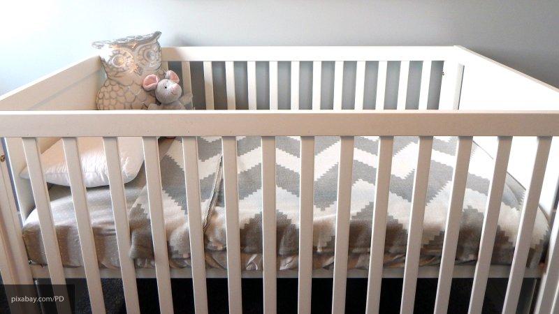 «Умер прямо в своей кроватке»: Отец отравил своего 4-месячного сына и спокойно пошел в другую кинату