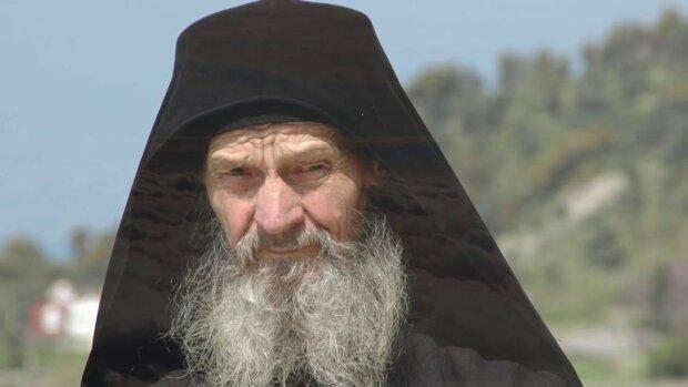 «Адское пламя» уничтожит все страны, кроме одной «: Украинский старец ошеломил пророчеством.» Будут разрушены «