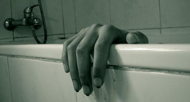 «Тело сына нашли в ванной, а мать ….»: Жуткая трагедия на Полтавщине. «В собственном доме»