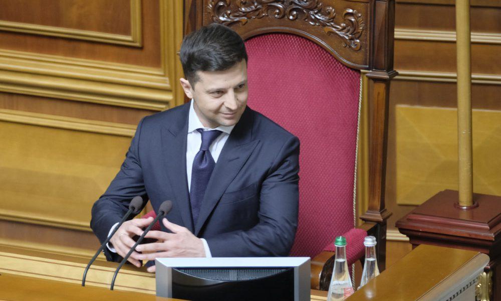 Не ведитесь! Известный социолог озадачил заявлением о последнем рейтинге Зеленского и партии. Только взгляните