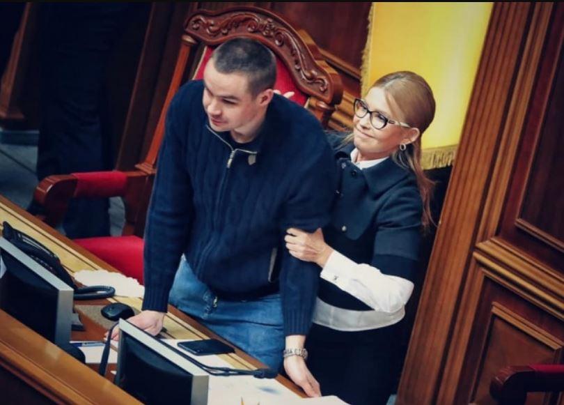 «Я стояла там для того, чтобы …»: Тимошенко продолжает саботаж. Украинцы вспомнили Леди Ю старые «грешки»
