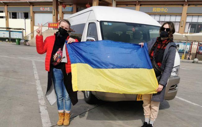 «Хотели смерти!» Мама эвакуированной из Китая украинки поразила заявлением. «Угрожали расправой»