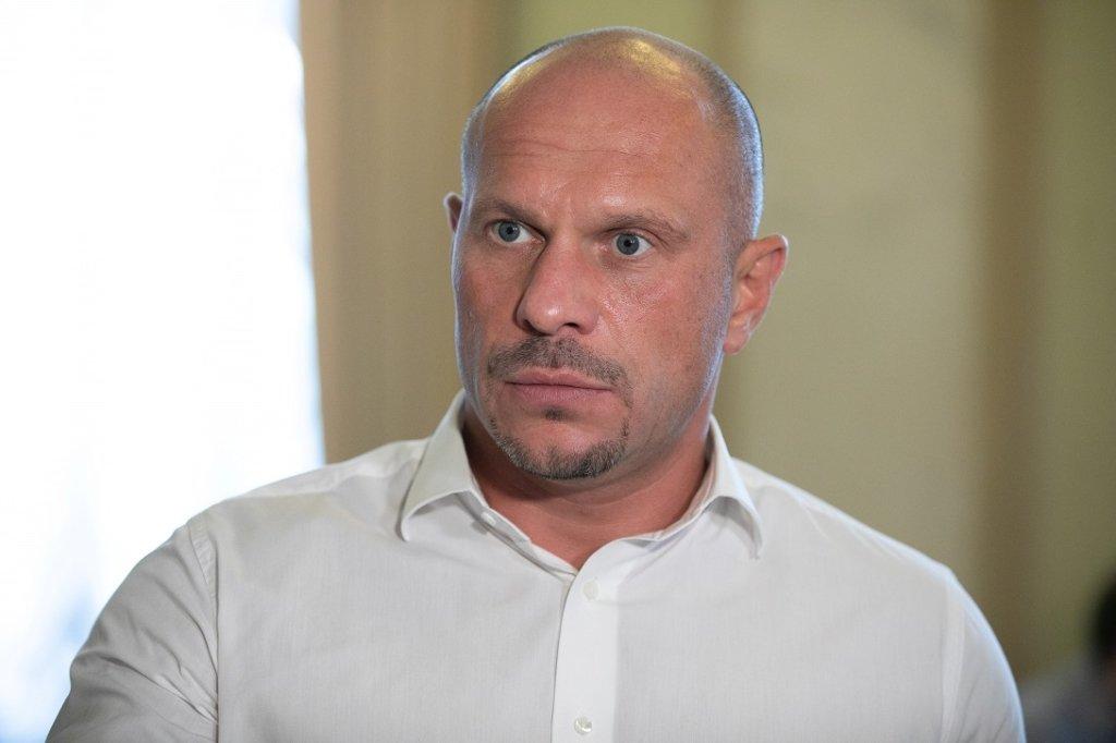 «Страну с * ка пр*рали!»: Кива попался на скандальной переписке с известным российским политиком. Прямо в Раде