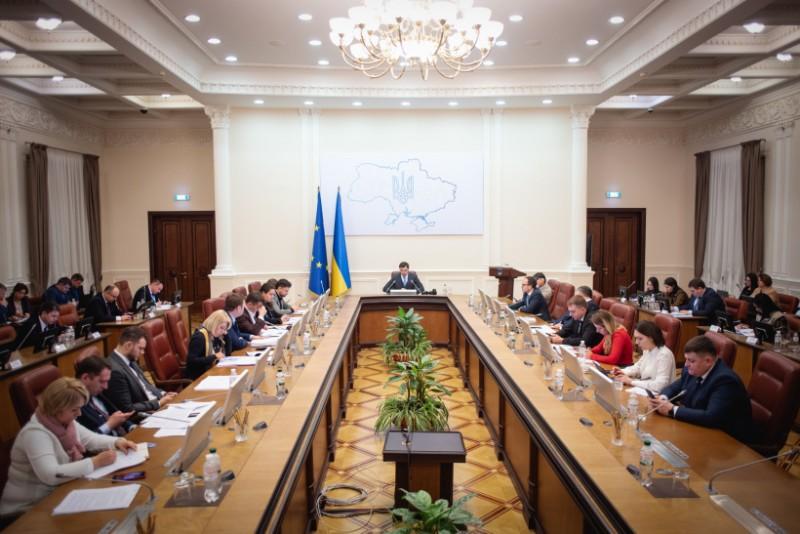 Украинцы ошарашены! Правительство назвало необходимое условие. Не ранее чем…