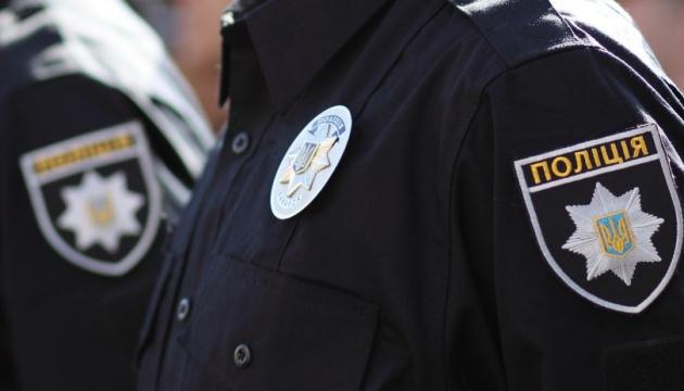 «Узнал на улице и пригласил к себе.» Полицейский надругался над несовершеннолетней. Искали всей страной