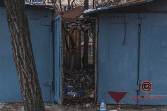 «Пролежала за гаражами несколько дней»: Подробности жуткой расправы над 15-летней девушкой в Днепре