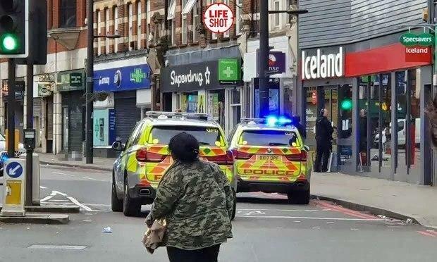 «Взял нож и начал колоть». Столицу Британии всколыхнул жестокий теракт. Его ликвидировали