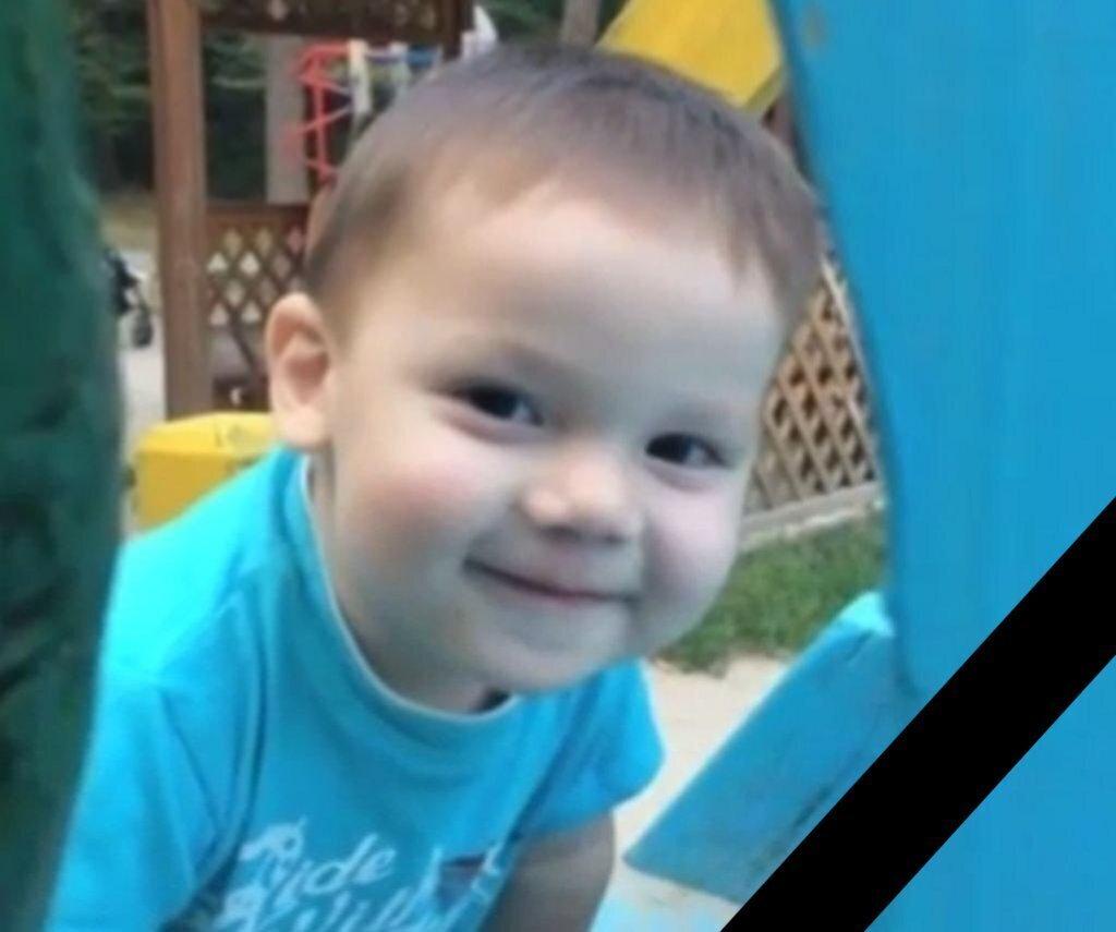 Маленький ангел пошел на небо: под Киевом отчим жестоко расправился с 2-летним малышом