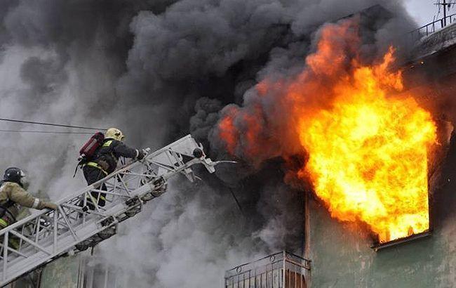 Задыхались от едкого дыма. В Хмельницком пылала многоэтажка. Город на ногах!