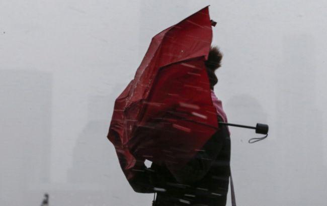 Украину накроет мощный циклон Victoria: Синоптики предупреждают об опасности